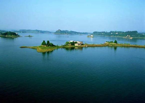 长寿长寿湖镇.图片来源于网络
