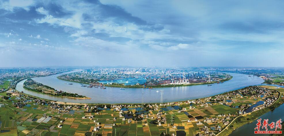 和那段革命光辉岁月,湘潭打造了《中国出了个毛泽东》大型实景剧,把
