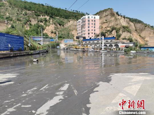 陕西子长蓄水坝溃塌系违法倾倒弃渣造成两嫌疑人被刑拘